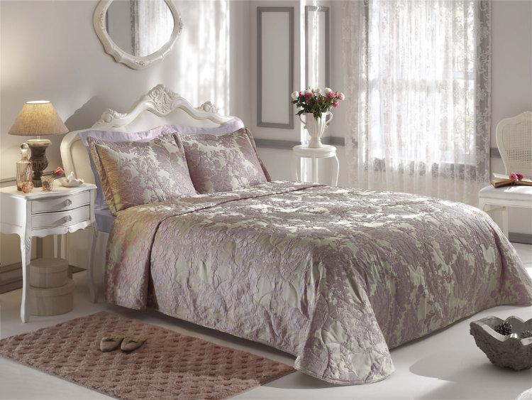 Как сделать кровать красивой