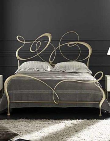 Как выбрать красивое спальное ложе