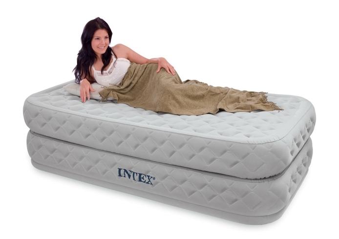 Как выбрать современную надувную кровать