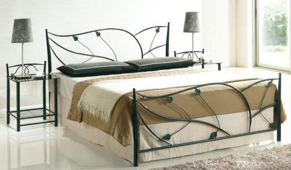 Кованые предметы мебели