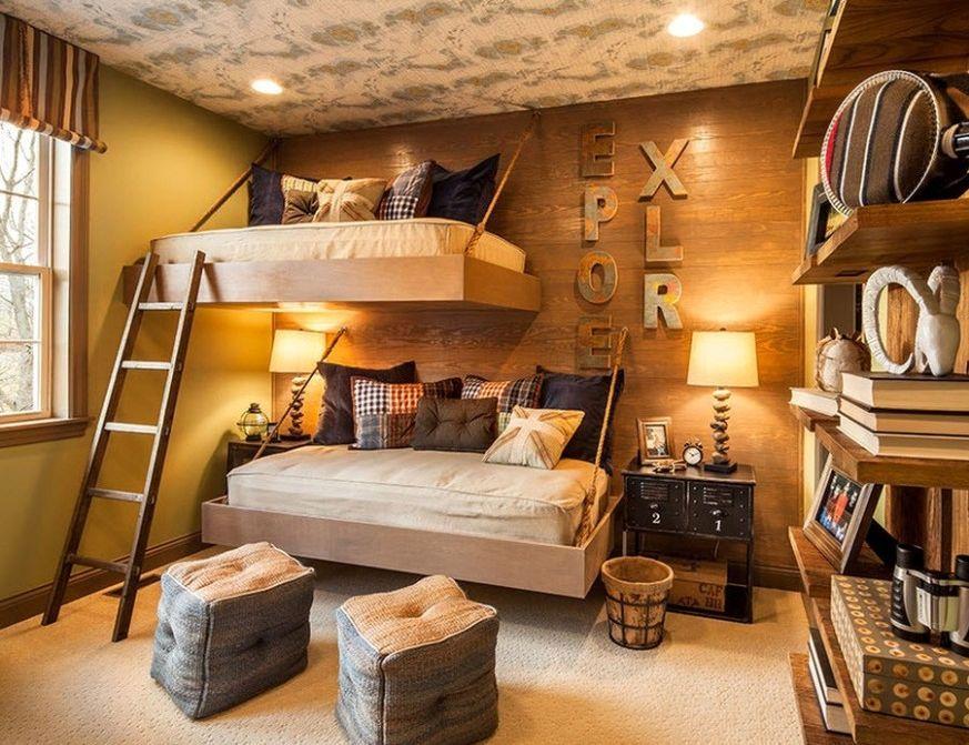 Красивые две подвесные кровати в детской комнате