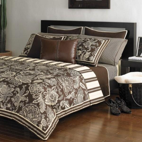 Красивые покрывала на двуспальную кровать