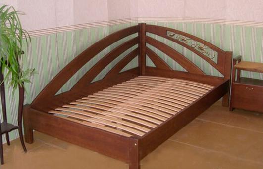 Красивый вариант кровати