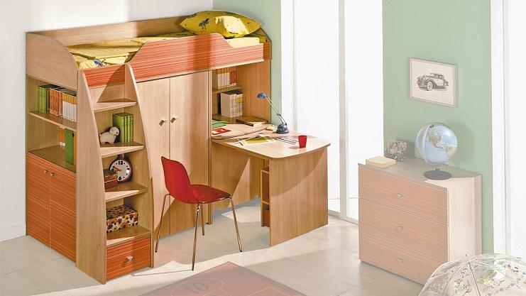 Кровать-чердак со столом