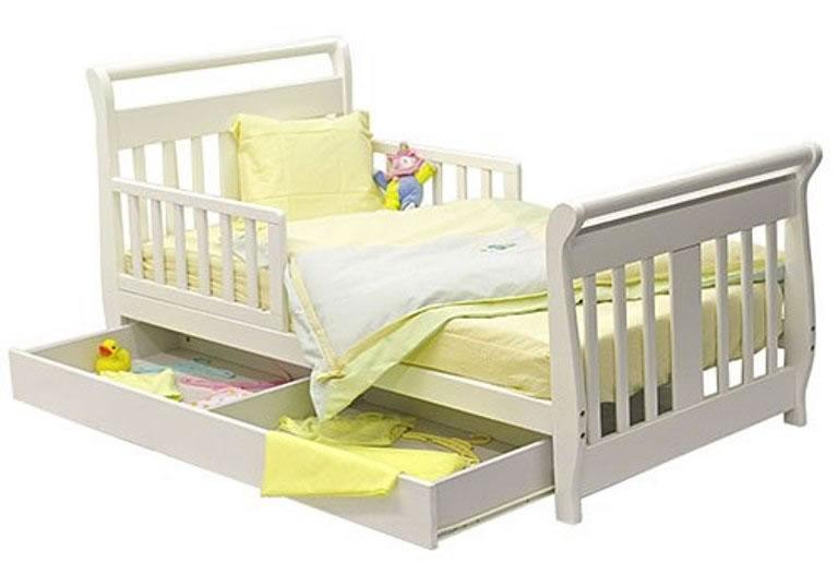 Кровать для активной девочки
