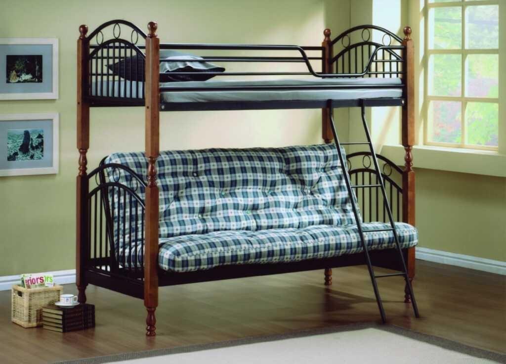 Кровать двухъярусная с футоном
