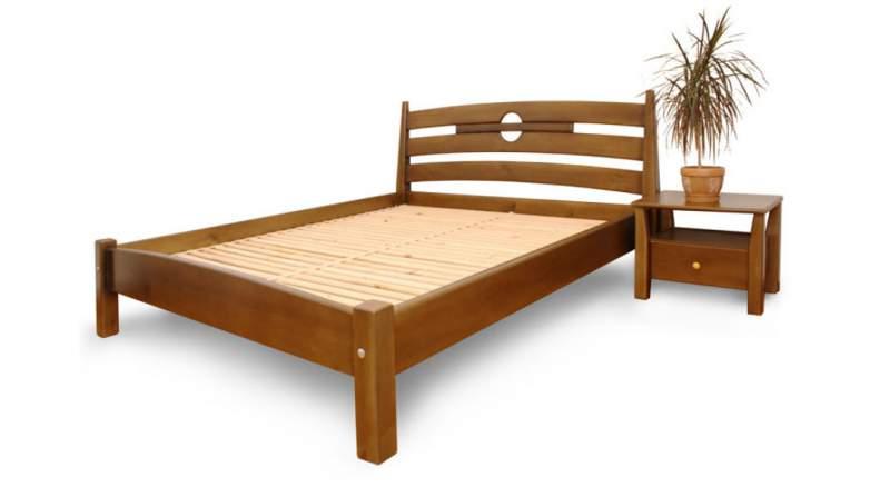 Кровать из массива дуба двуспальная