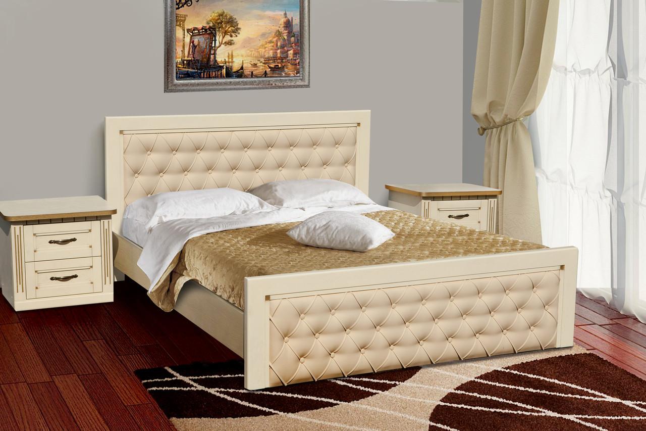 Кровать из массива дуба со стеганым изголовьем