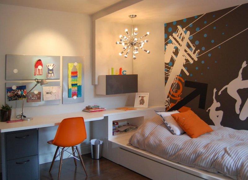 Кровать как часть интерьера подростковой комнаты