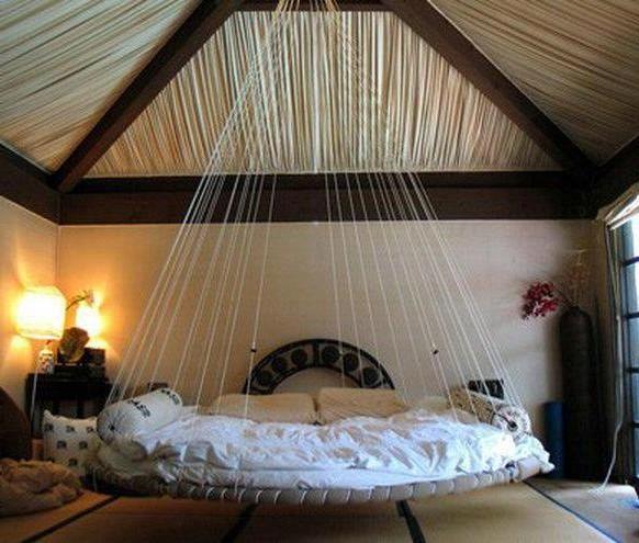Кровать на канатах