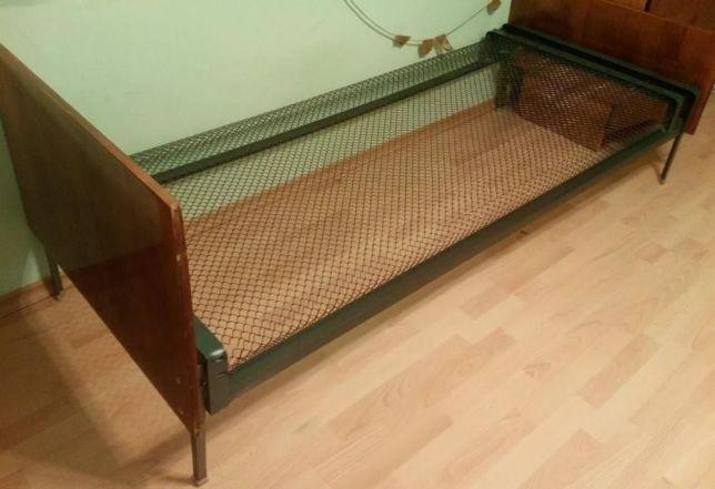 Кровать односпальная панцирная сетка