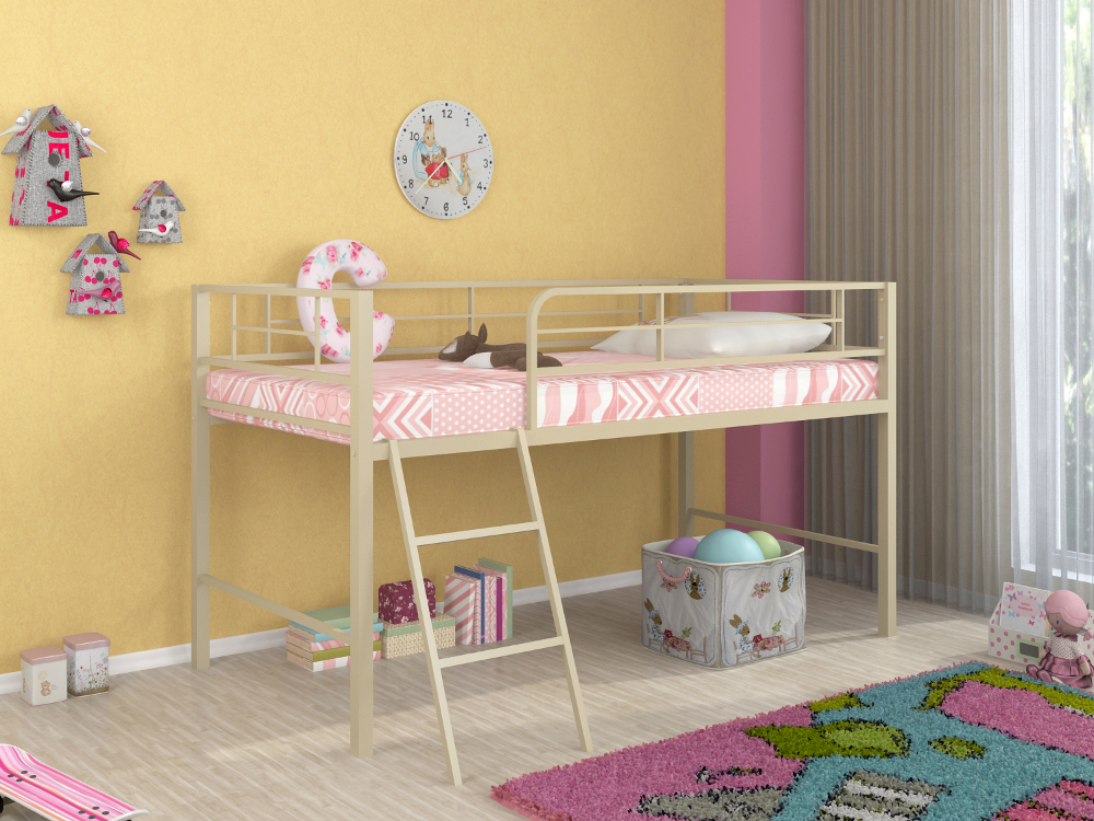 Кровать с оттенком слоновой кости