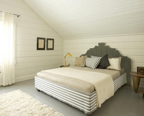 Кровать с подзором