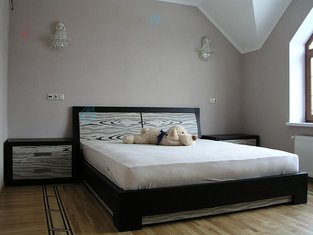 Кровати для спальни