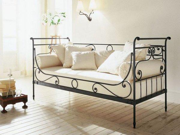 Кушетка кровать