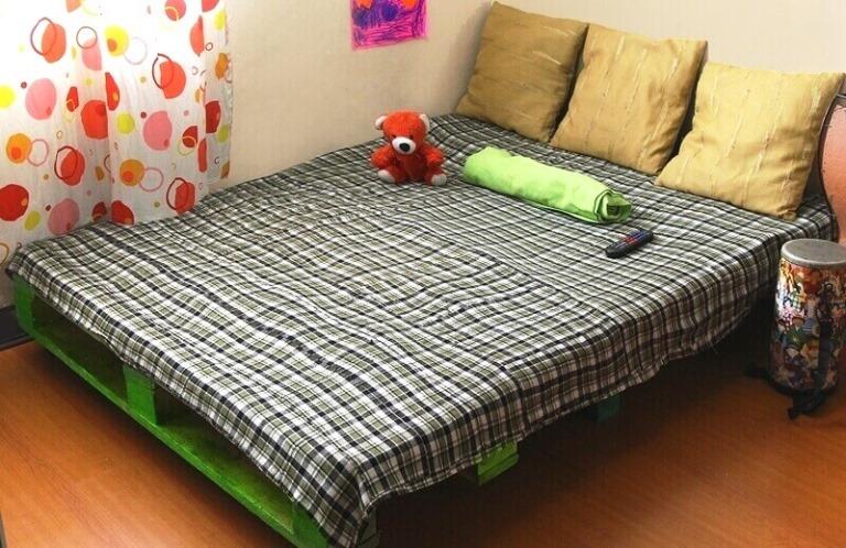 Мебель из поддонов для спальни