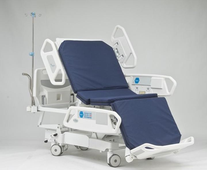 Медицинская кроать-кресло для инвалидов