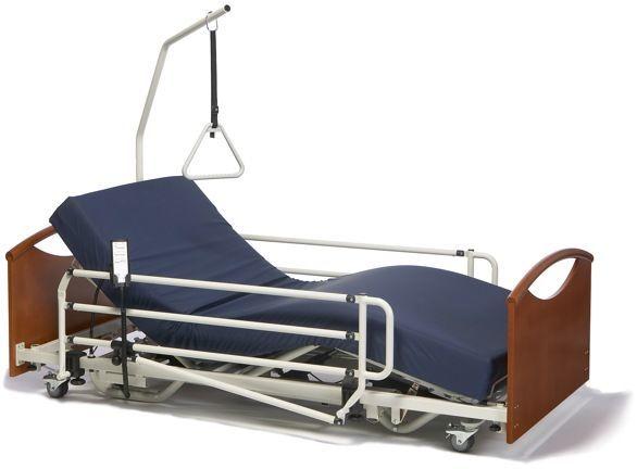 Медицинская кровать для инвалидов с электроприводом