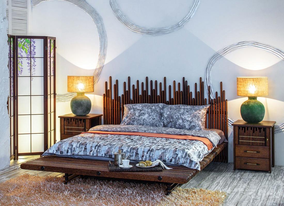 Необычная кровать из массива кокосовой пальмы