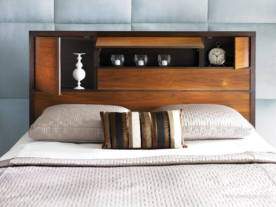 Открытые полки в кровати
