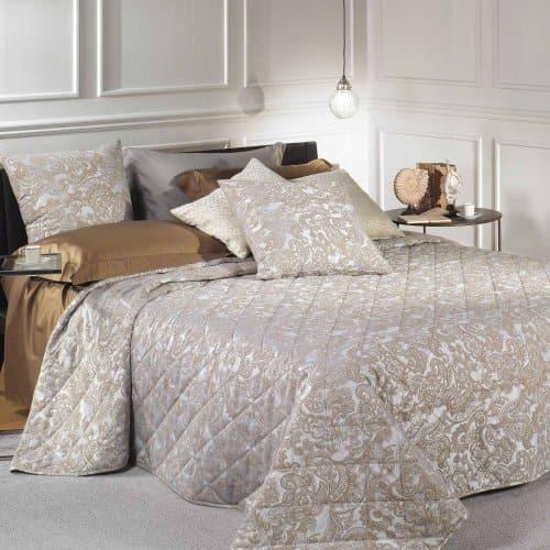 Покрывала для кровати