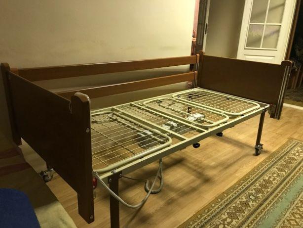 Практичная мебель для инвалидов с пультом