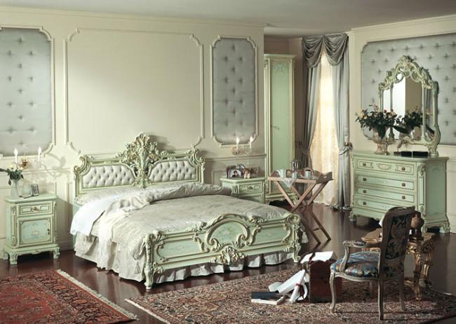 Пример антикварной мебели