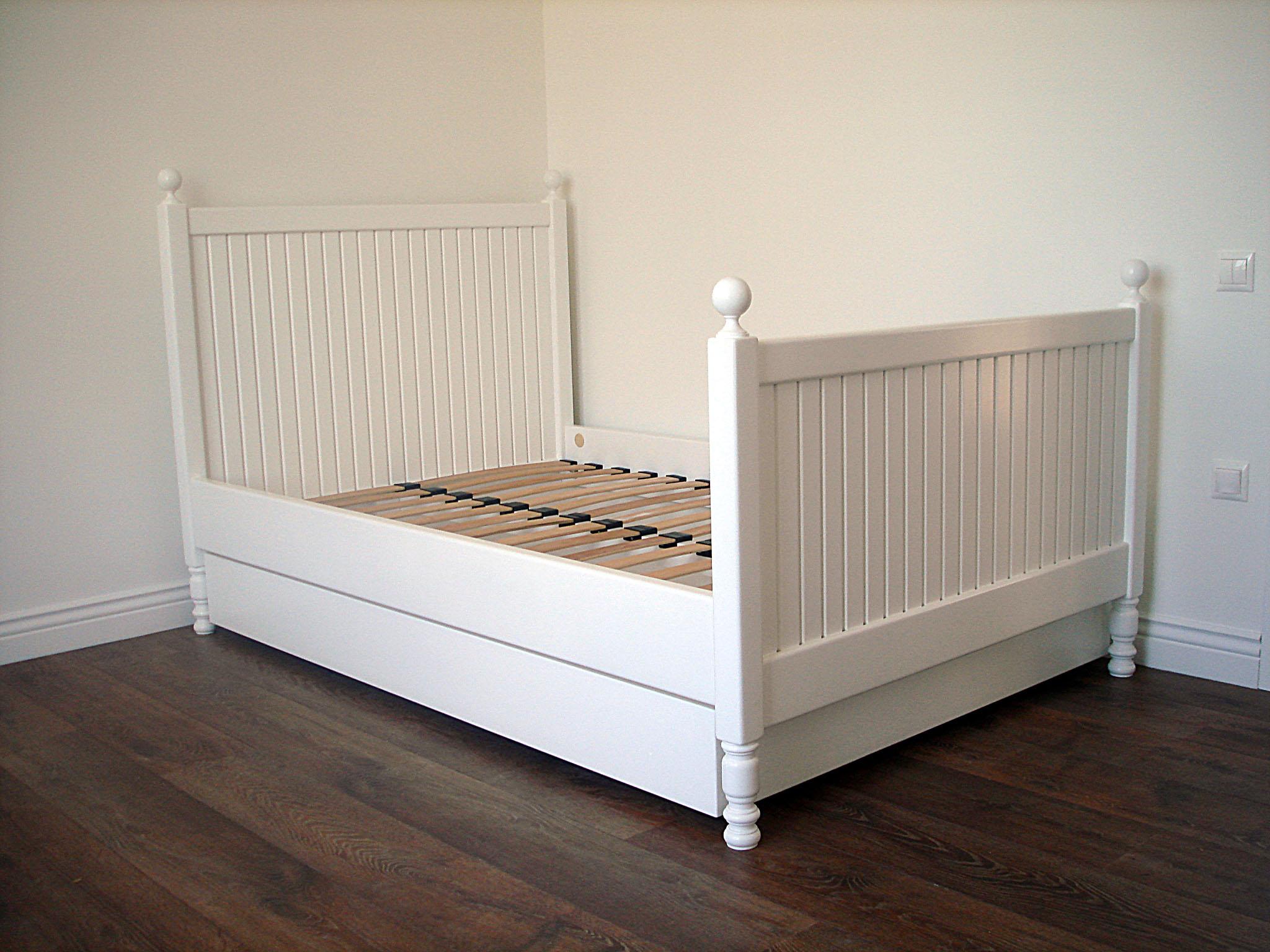 Современная деревянная мебель