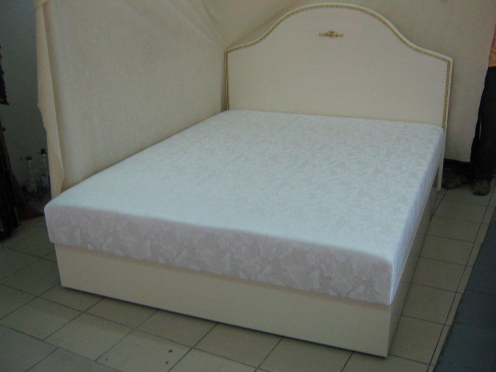 Спальное ложе на основе МДФ