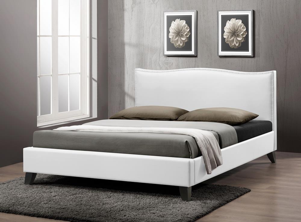 Спальня в белых тонах - кровати из экокожи с мягким изголовьем