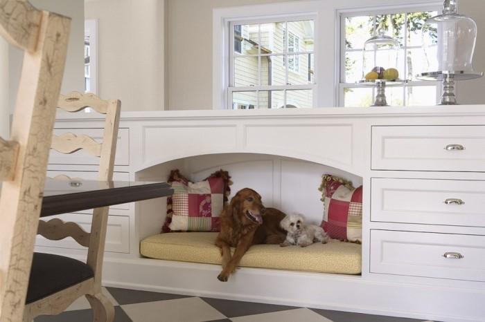 Специальная мебель с местом для собаки