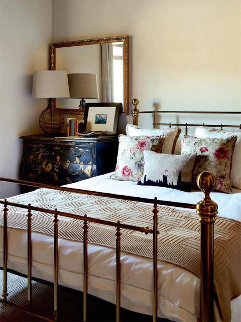 Стильное решение для спальни