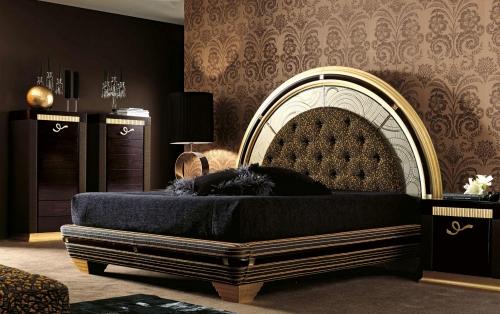 Стильные кровати в тканевой обивке