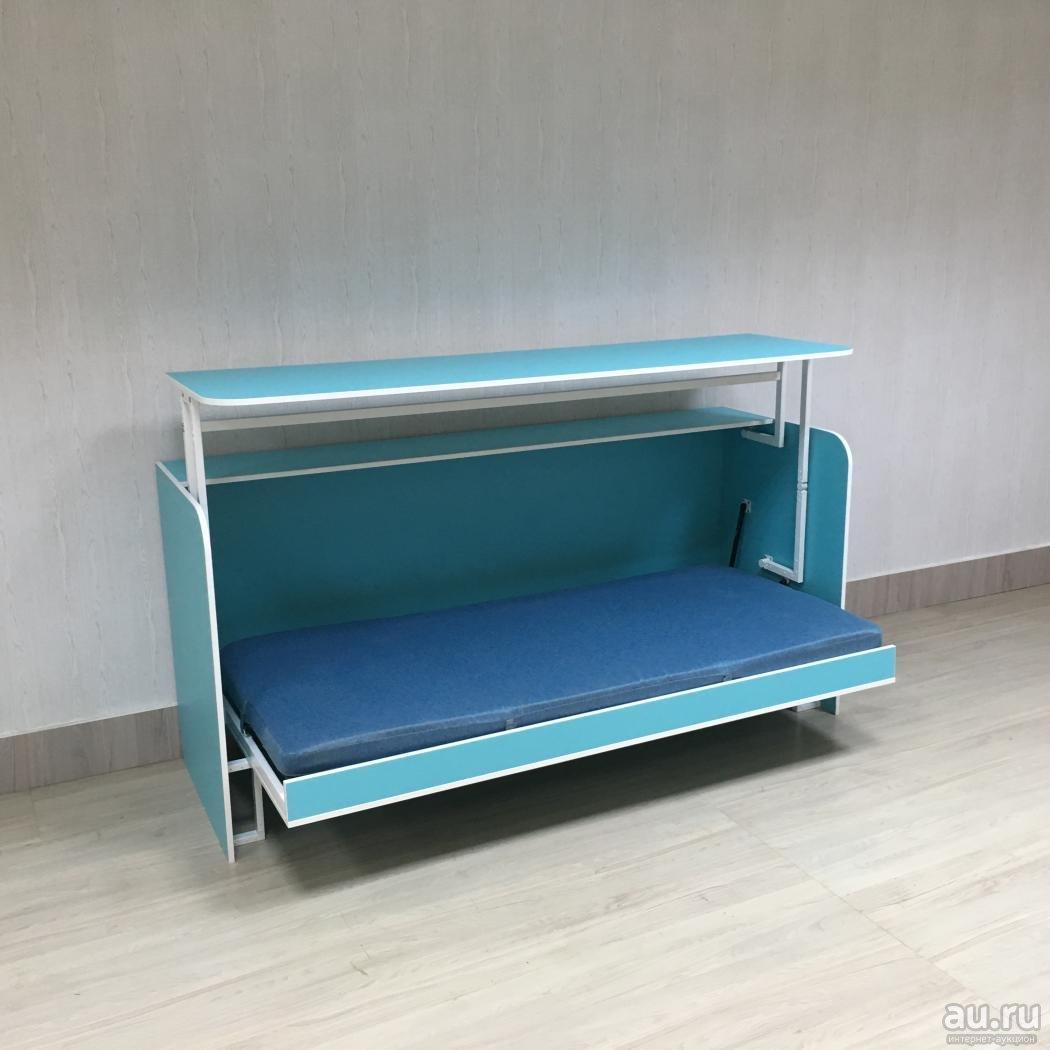 Стол с кроватью для сна и работы