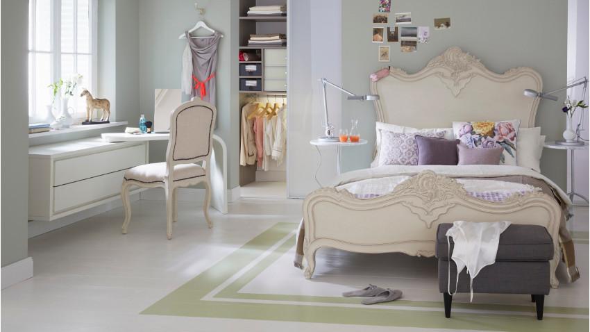 Светлые покрытия кровати