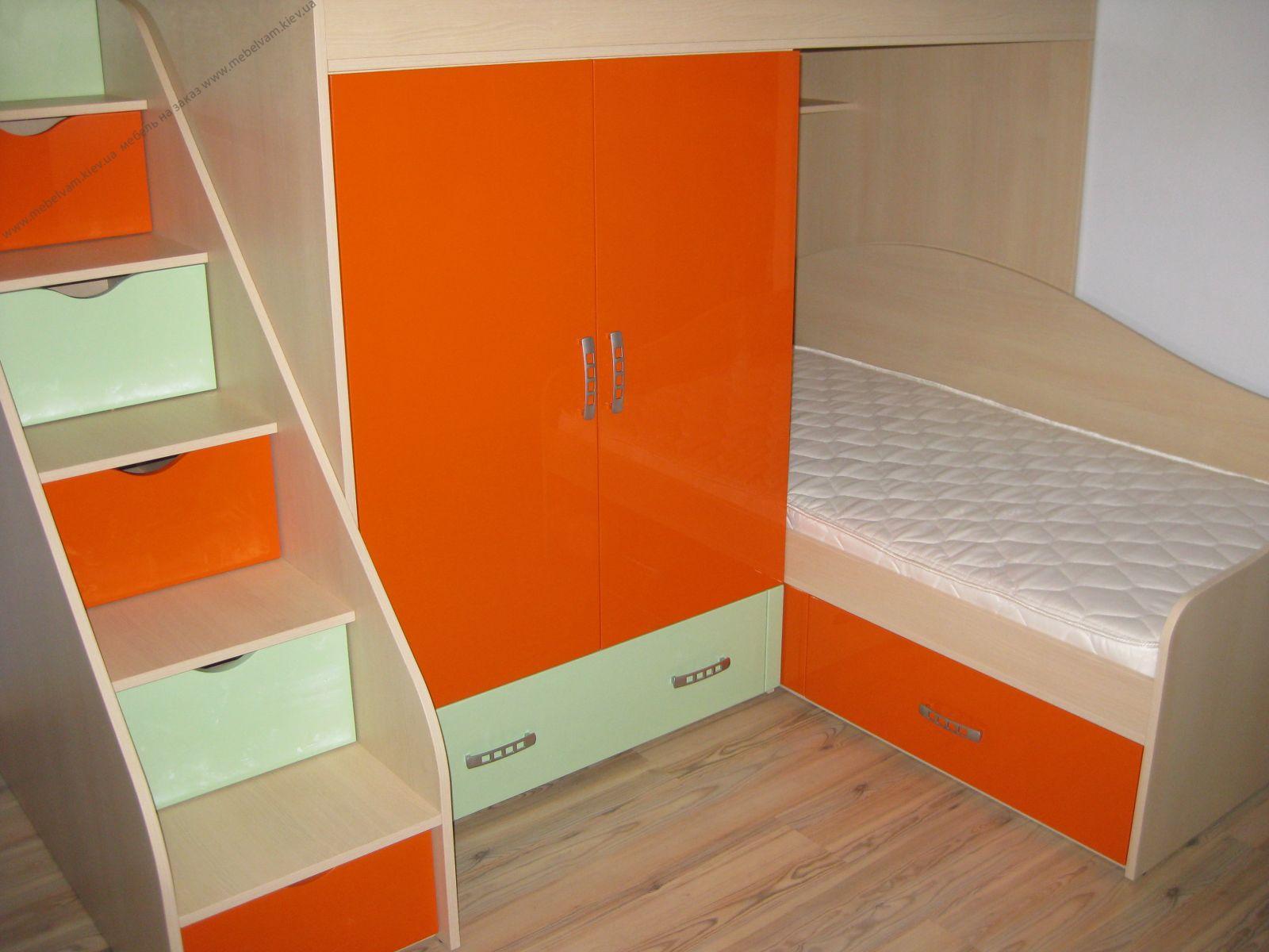 Цветная мебель для сна