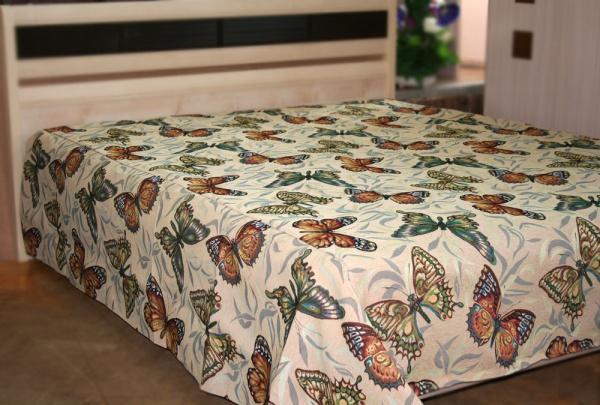 Цветное покрывало из гобелена с принтом бабочки