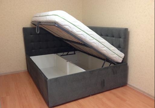 Угловая кровать с подъемным механизмо
