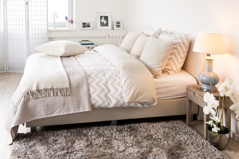 Vybiraem-tekstil-dlya-spalni Как выбрать покрывало на кровать в спальню: фото новинки