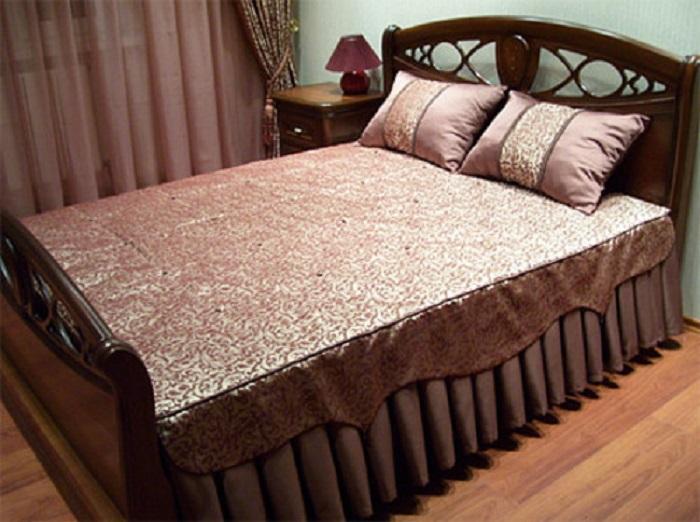 Юбка на кровать