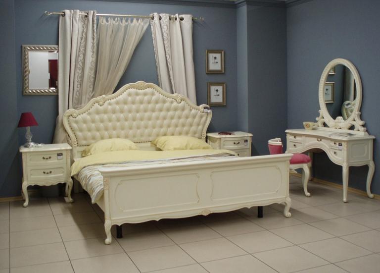 Белая кровать, стильно и красиво