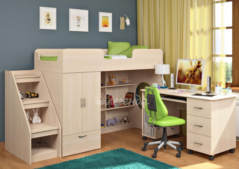 Деревянная мебель для небольшой комнаты