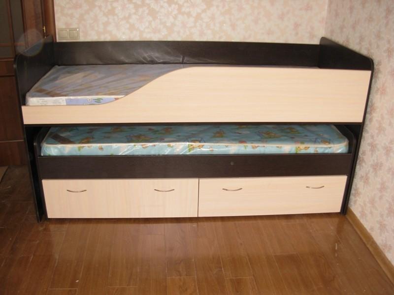 Двухъярусный вариант мебели для сна