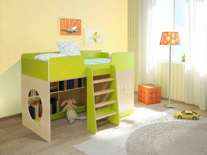 Кровать с полками для небольшой комнаты