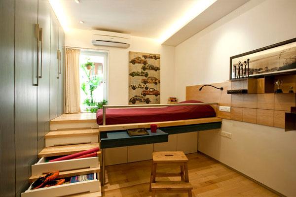 Лесенка для подиума с кроватью