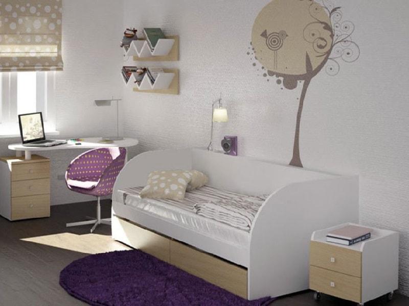 Односпальная кровать в интерьере спальни ребенка