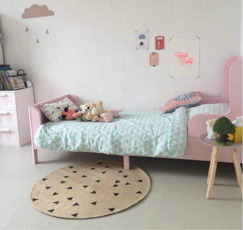 Односпальная раздвижная кровать для ребенка