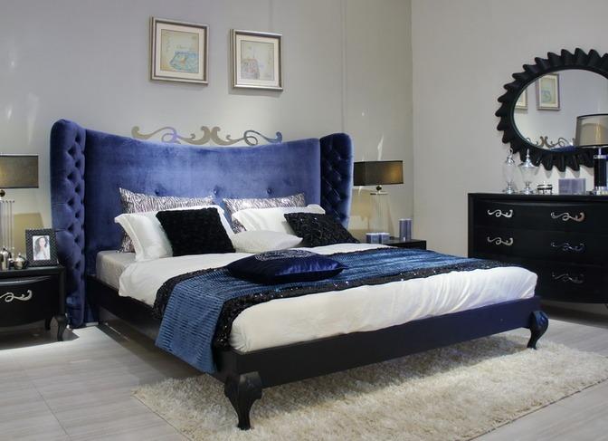 Синие бархатные красивые кровати двуспальные