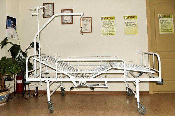 Трехсекционная кровать