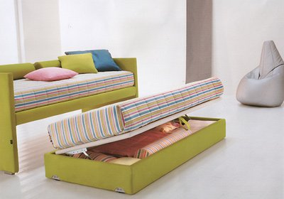 Выкатная кровать с возможностью трансформации